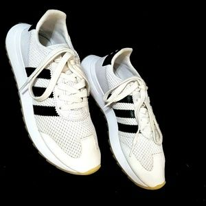 ADIDAS 6.5 White Leather Mesh Black Stripes Shoes